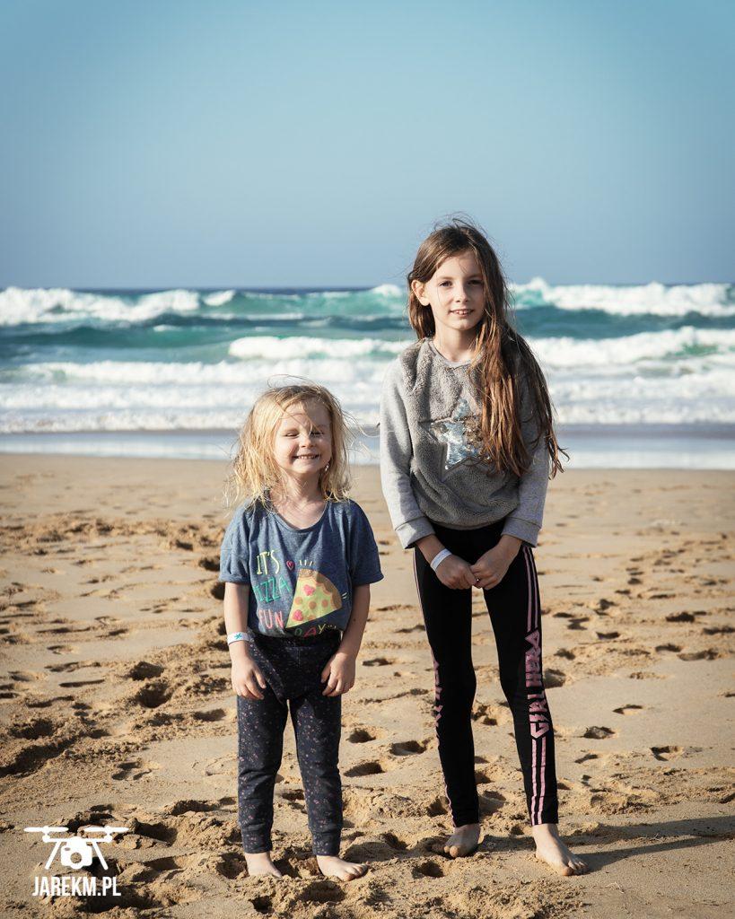 Idalka i Amelka jeszcze przed niespodziewaną kąpielą w oceanie :)