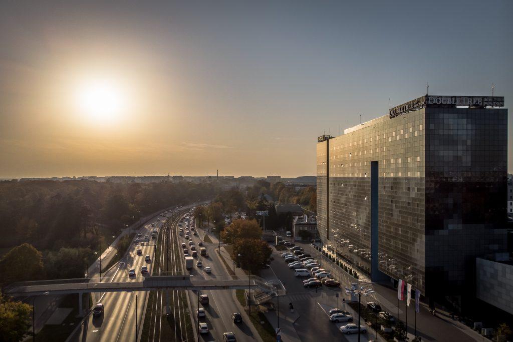 Zdjęcie z drona - Łódź, zachód słońca.