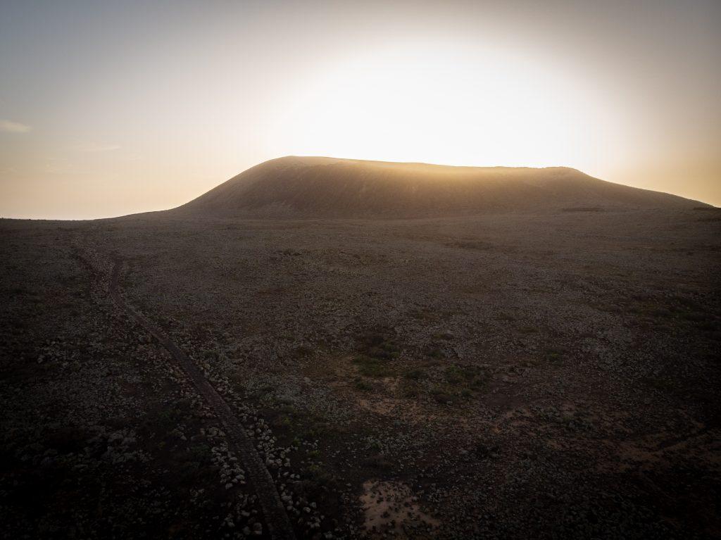 Calderon Hondo Fuerteventura o zachodzie słońca