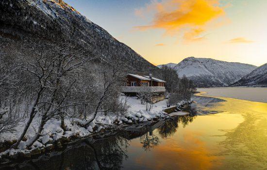 Lofoty i Vesterålen z drona – północna Norwegia zimą
