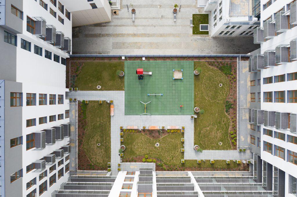 Dzięki fotografii z drona można spojrzeć na nieruchomość z nietypowej perspektywy :)